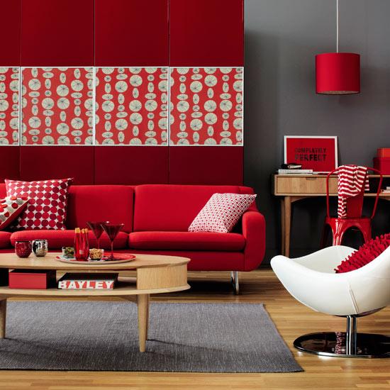 canapea rosie